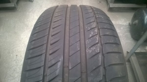 225/55R16 Michelin Primacy HP 95V